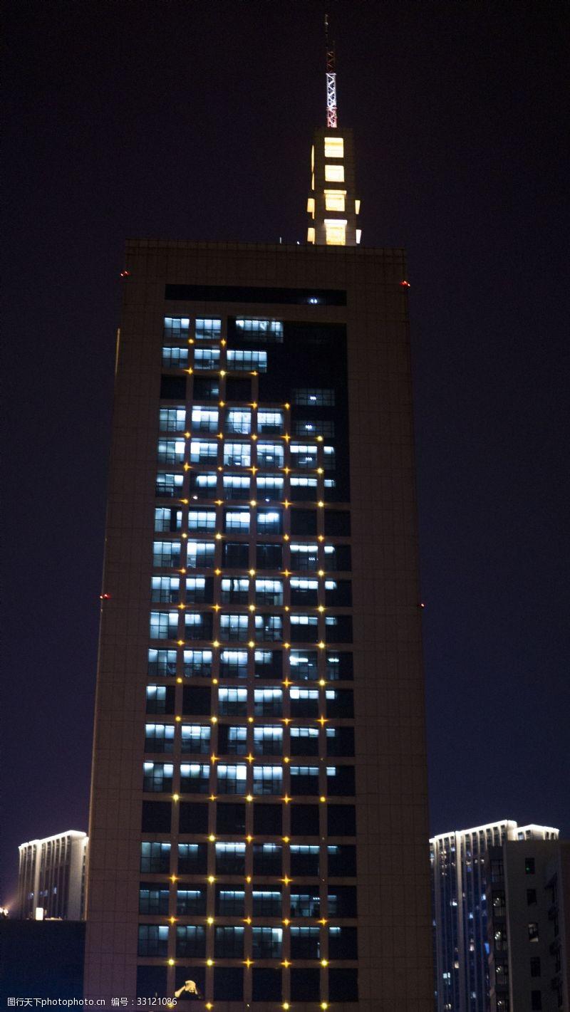 城市寫字樓夜景高清圖片