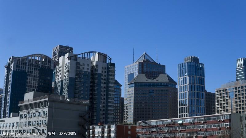 都市繁華建筑寫字樓高清圖片