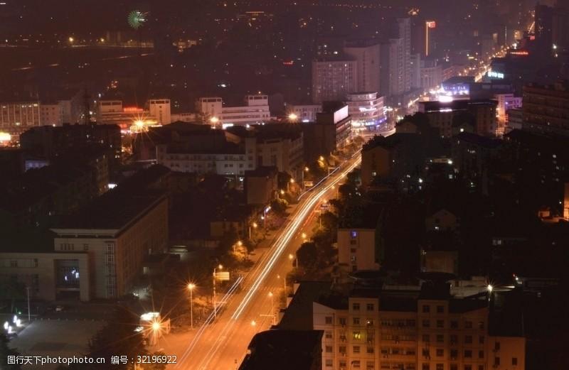城市流光夜晚的城市
