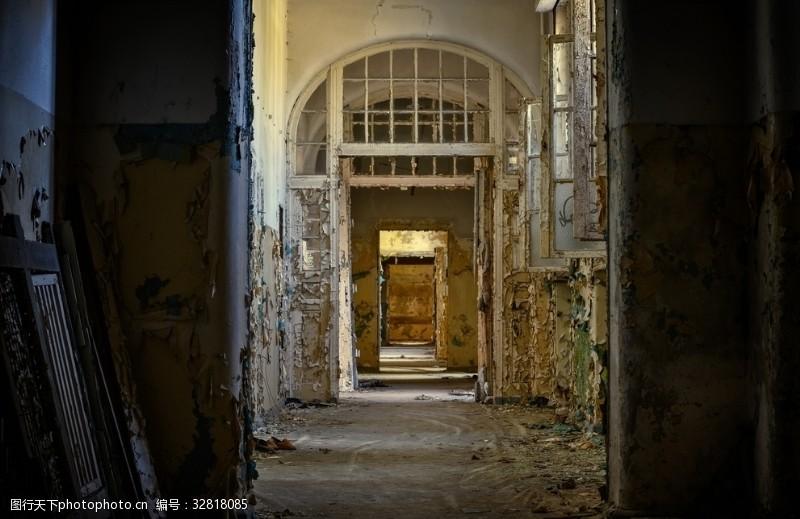 工作空间废弃的楼道