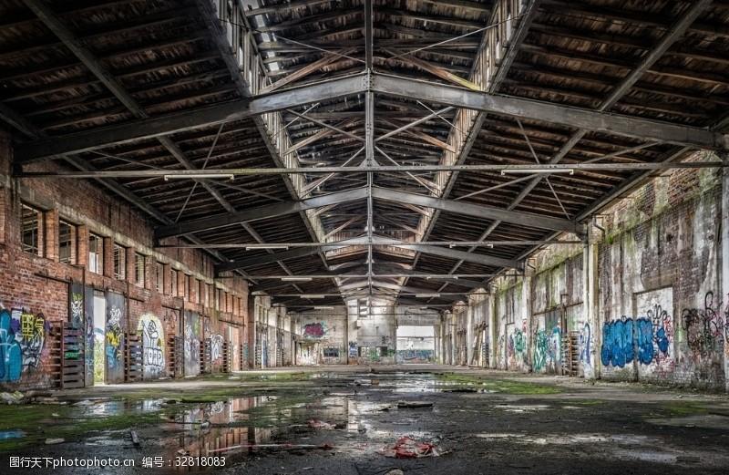 工作空间涂鸦废弃厂房