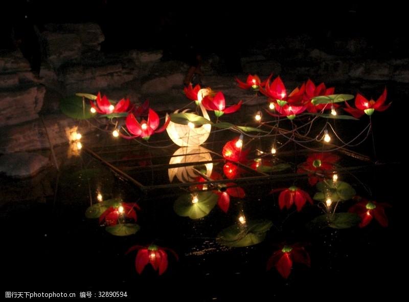 水莲灯夜景